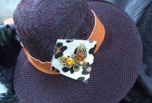 Guapa de los pies a la cabeza / Menorquinas pintadas a mano y sombreros únicos hechos por Conxi Puig