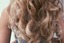 C H E V E U X / Frisyrer och håruppsättningar