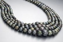 Pearl News / Interesting happenings, sales and current events in the world of pearls.