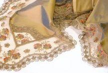 table decoration / Opulent, rich, plain, minimal, all chic table decoration items