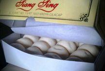 Bakpia Tiang Ting & Bakpia Kroya / Kue Bakpia pertama yang diproduksi di Kabupaten Cilacap, lebih lezat dan begizi juga halal tentunya.