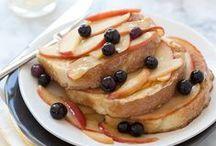 Un brunch fruité / De délicieuses recettes aux pommes qui conviendront parfaitement pour vos brunchs fruités !