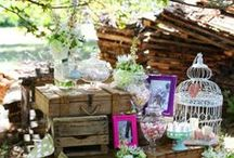 Cajas de madera en bodas / Decoración con cajas de madera en bodas.