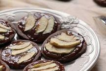 Pomme et chocolat / La pomme et le #chocolat se mélange pour des #recettes plus que gourmandes ! Essayez de ne pas saliver devant toutes ces délicieuses réalisations, c'est mission impossible !