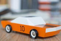 Unsere Holzflitzer  / Holzautos von Candylab Toys jetzt auch in Deutschland.