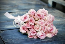 Wedding bouquets / Love is the flower you've got to let grow.