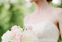 Wedding dress(es) / Inspirational board of marvelous and favorite wedding dresses (for brides and bridemaids).