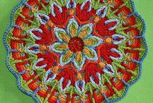 Crochet / by Monique Sanvicente-Cabarloc