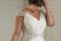 Wedding Dresses / Bridal dress styles I love!