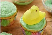 Cute and Easy Easter Dessert Recipes / These wonderful spring desserts are perfect for when our friend Peter Cottontail comes to town! You'll love all of these Easter dessert recipes because they're perfectly sweet. Here you'll find recipes with PEEPS, easy cake recipes, cute cupcake recipes, festive cookie recipes, recipes with M&Ms, and more! / by The Best Dessert Recipes