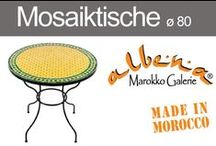 Mosaiktische ø 80cm / Marokkanische Mosaiktische für 2-4 Personen. Mosaiktische mit einem Durchmesser von 80cm machen sich im Wohnbereich genauso gut wie im Garten, auf dem Balkon oder im Wintergarten. Ein marokkanischer Mosaiktisch lässt überall Urlaubsstimmung aufkommen. Reichlich Platz bietet diese Tischgrösse beim Frühstück für zwei Personen. Ein Glas Wein oder eine Tasse Cappuccino können Sie auch zu viert genießen.