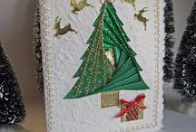 Julekort / Hjemmelavede kort med forskellige materialer.
