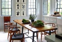 English Country Style / How to style and decorate an English country cottages without making it twee or too cutesy.