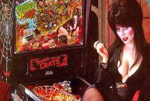 Elvira(Cassandra Peterson)