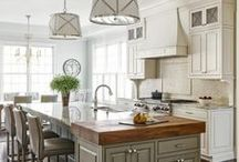 Kitchens / by Amy Vermillion Interiors