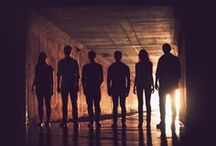 UN Chronicles / Seven teenagers and one destiny in common: unite the nations and save the world.