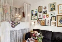 Hanging Arrangements / Ideas for hanging pictures in staircases and anywhere else