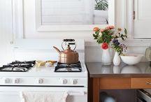 Kitchen & Pantry / Kitchen Design. Organization. Bright Light. Breakfast Nooks