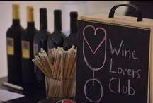 Wine Lovers Club / Wine Lovers Club è una comunità, un club pensato per chi non si accontenta solamente di assaggiare un buon vino, ma desidera apprezzarne le caratteristiche, scoprirne la storia o semplicemente degustarne il sapore in compagnia di amici o alla presenza di una guida esperta. Per chi vuole diventare, senza stress da lezione, un nuovo intenditore. Un club unico nel suo genere perché nato all'interno del mondo Royal Paestum e Pari #Biosteria.  Per informazioni scrivi a oste@biosteriapari.it
