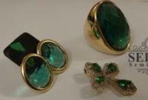 CONJUNTOS / Semi-jóias da mais alta qualidade. Acessórios de luxo, nos segmentos dia-a-dia, festa e noivas.