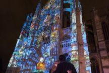 Beauvais, la Cathédrale Infinie / Beauvais, Ville d'Art et d'Histoire vous invite à découvrir la cathédrale Saint-Pierre sous un nouveau jour ; à travers un spectacle gratuit qui fera briller la cathédrale de milles et une couleurs. De juin à septembre et en décembre, à la nuit tombée, le parvis de la cathédrale se transforme en salle de spectacle, qui rend est un hommage au destin exceptionnel de la plus haute cathédrale du monde et de son histoire inachevée. #oise #tourisme #Beauvais #Cathédrale http://www.oisetourisme.com