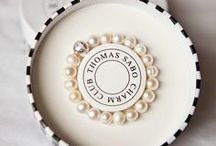 Accessories / The smaller details that personalise your big day ...