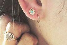 Jewels / jewellery, minimal, dainty