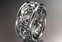 Jewelry / by Suzy Shirley