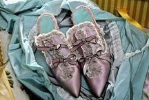 Shoes! / by Sabina Starzewska