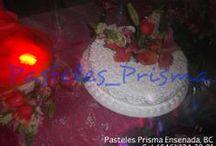 Pastelería Prisma / Panadería y Pastelería Prisma ofrece los mejores pasteles para toda ocasión, mesas de postre y fuente de chocolate para todo tipo de evento en la ciudad de Ensenada, BC.  Si quieres solicitar un presupuesto, sugerirnos el estilo del pastel que deseas o realizar un pedido, comunícate con nosotros al Cel: (646) 134-38-81 o envíanos tu correo electrónico a pasteles_prisma@hotmail.com  Siguenos en Facebook: http://facebook.com/pasteles.prisma
