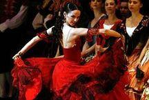 DANCE / by Nuşin Ağanoğlu