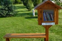 Tiny Library / Every neighborhood should have a #TinyLibrary.