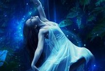 !!  BLEU ° VIOLET ° VERT # ( femmes ) / photos avec le fond bleu , violet ou vert