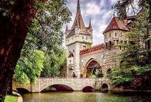 Castles, Châteaus & Palaces / Castles, Châteaus & Palaces