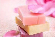 DIY - Geschenkideen / DIY-Geschenkideen, wie z.B. Rezepte für selbstgemachte Seife, Parfums, Badezusätze, Lippenpflege und vieles mehr.
