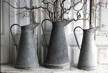 Galvanized / I adore zinc items, preferably vintage ones with a certain amount of patina or rust. Galvanized buckets, bowls, wine bottle drying racks, watering cans, bottle carriers etc. - my wish list is quite long :).