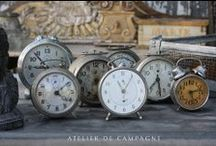 Clocks & Watches / Vintage alarm clocks, pocket watches and clock faces for a pretty shabby chic decoration
