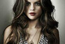 Selena Gomez / by Débora Silva