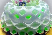 CAKES IDEAS / by AIDA ESPINOSA