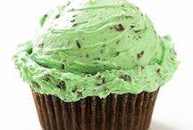 Cupcake Cuties / by Sweet Vanilla Bean
