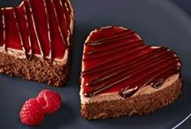 Sweets For Your Sweetheart / Love is in the air! It's Valentine's Day and so why not bake something sweet for your sweetheart?