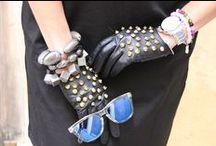 Bloggers de moda / Las Bloggers de moda han entrado en nuestra vida y han venido para quedarse. ¿Lo bueno? Utilizan nuestras gafas ¿Lo malo? No sabemos con cual quedarnos ¿Y tu? ¿Con cual te quedas? Nosotras las amamos a todas, no podemos elegir. Gracias.