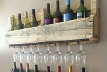 Wooden Pallet Projects / Great projects you can make with pallets.