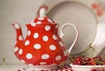 Lovely Teapots & Teacups