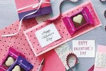 DIY Chocolate Gifts / Give the gift of homemade chocolate goodies with these favorites.