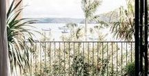 HOME Balkon & Terrasse / Hier findet ihr viele schöne Interior Ideen, wie ihr euren Balkon oder eure Terrasse gestalten könnt. Ob Pflanzen, Sichtschutz oder Dekoration: mit den richtigen Zutaten verwandelt ihr den Außenbereich euer Wohnung oder eures Hauses in einen kleinen Einrichtungstraum.