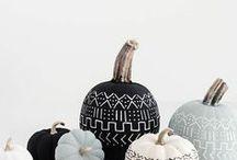 DIY Ideen für den Herbst / Der Herbst steht vor der Tür - und auf dieser Pinnwand habe ich viele kreative Ideen für euch, wie ihr tolle Deko und mehr für diese Jahreszeit basteln könnt: Ob selbstgemachte Deko für Halloween, Lichter oder kuschlige Pullover, Kissen und Decken - lasst euch inspirieren und macht es euch zu Hause gemütlich!