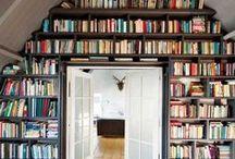 HOME Bücher Liebe / Du liebst Bücher & fragst dich, wie du sie am besten in deine Wohnung integrieren kannst? Hier findest du viele Interior Inspirationen für Bücherregale - für Wohnzimmer, Home Office, Schlafzimmer etc.