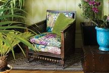 Modern Botanicals / This season, flowers and butterflies are given very modern interpretations.
