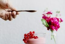 Food and the camera / Food photographs that inspire.